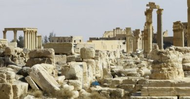 Syrian antiquities go on display, a reminder of widespread looting during war