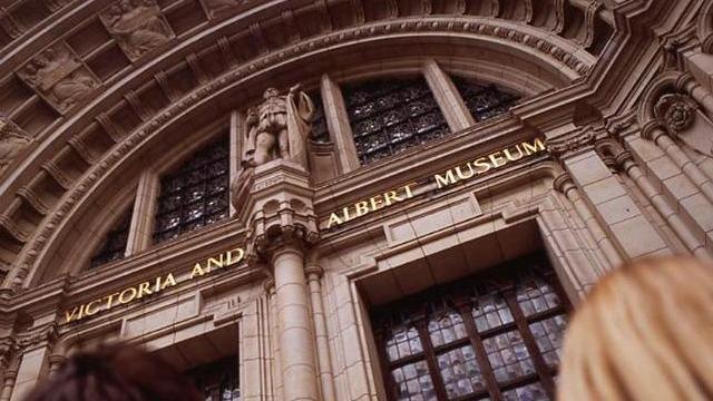 V&A Museum Offers Special LGBTQ Tours