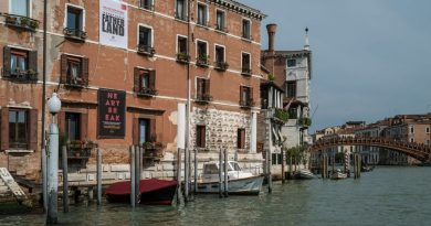 Iraq's national pavilion at Venice Biennale shut 'in solidarity with popular youth uprisings'